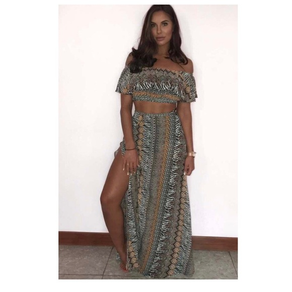 e5af0a04a1 PrettyLittleThing Skirts | Tribal Print Outfit Cropped Top With Maxi ...